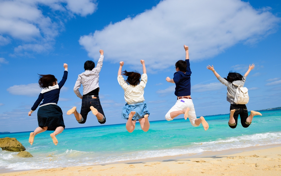 春の学生旅行で沖縄が選ばれる理由とは